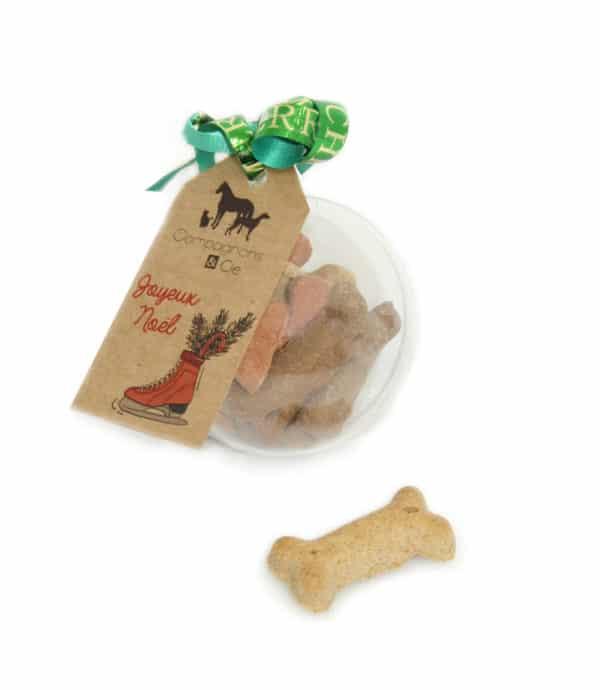 Idee cadeau Noel chien - boule de noel remplie de biscuits a accrocher dans le sapin